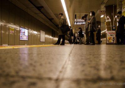 La pulizia delle stazioni di Tokyo