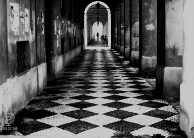 Portici di Modena_Corso Canalgrande_foto vincitrice del concorso L'antico in Piazza Grande, ed. 2019 - cat. b_n