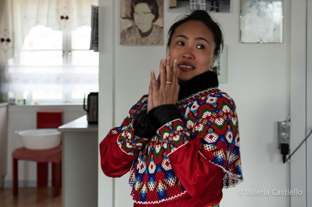 Oqaatstu_Rodebay_Vestito tradizionale inuit