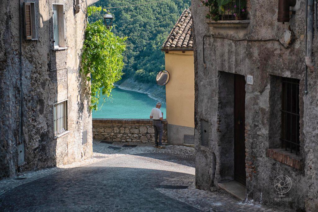 Castel di Tora_Lago di Turano