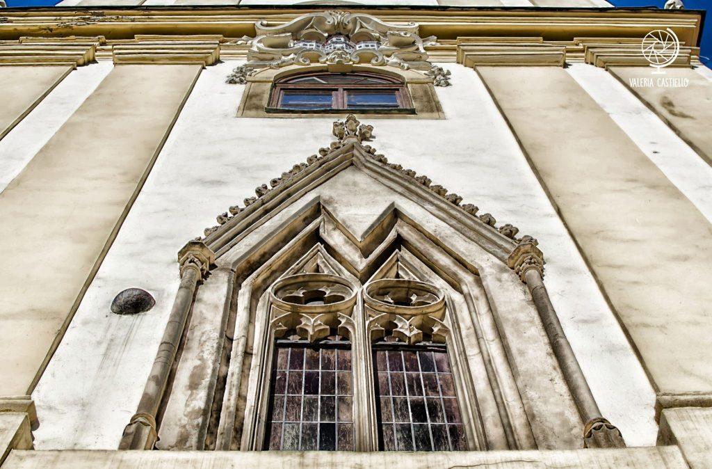 A Bratislava ci sono palle di cannone incastonate negli edifici dal 1809 - 10 curiosità su Bratislava e sulla Slovacchia