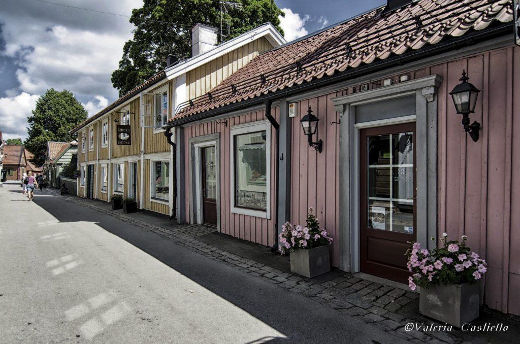 Sigtuna, dintorni di Stoccolma - casette in legno