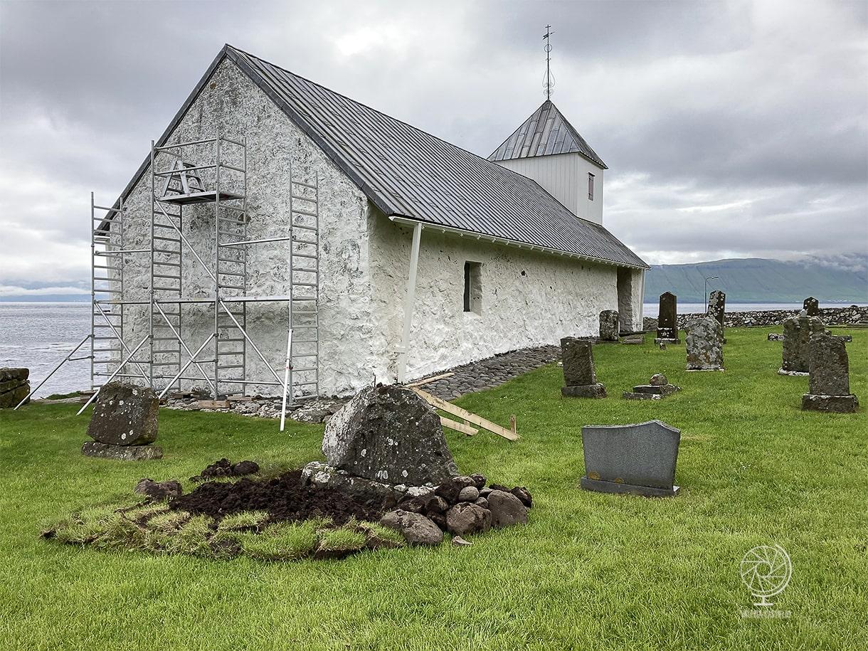 Chiesa_St. Olav_Kirkjubøur_15 minuti da Torshavn